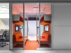 [Showroom đẹp] Thiết kế nội thất showroom công nghệ